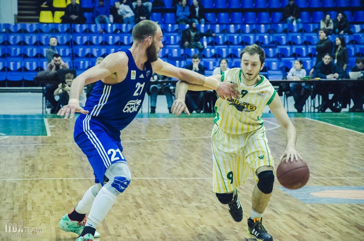 Руслан Отверченко